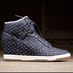 Nike sky Hi wedge tennis shoes polka dot